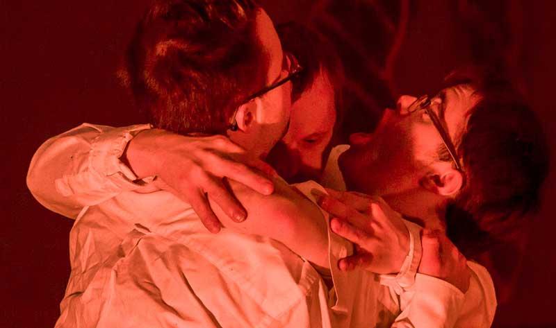Eine Szene aus dem Stück von Tiziana Pagliaros.Das Stück heißt: Randen Saft Horror.
